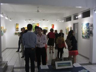 Vernissage à la galerie Arte Bello de l'exposition de Caroline Degroiselle le 2014 08 19